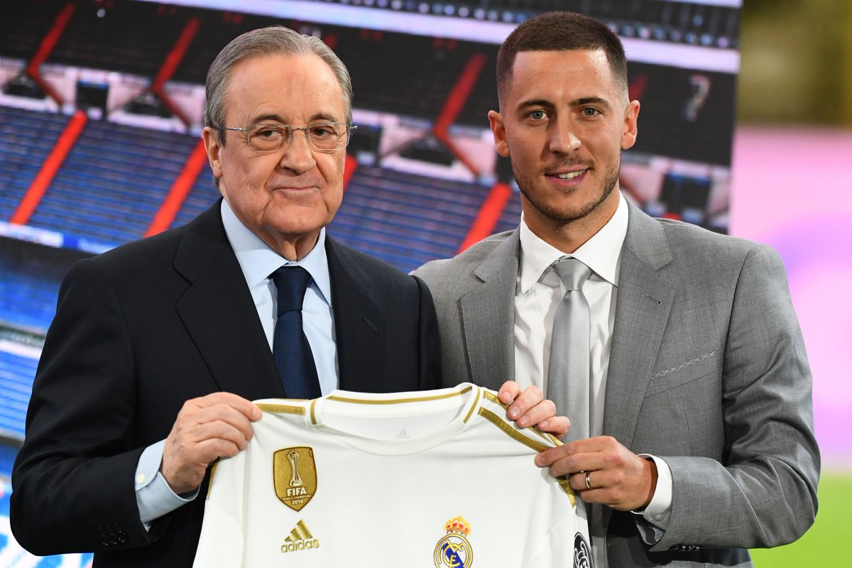 📸 Real Madrid have got their man. Eden Hazard has officially arrived at the Santiago Bernabeu!