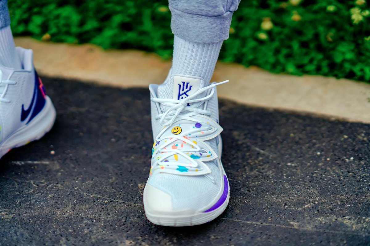 2910174211 Take the Courts in the @Nike Kyrie 5 'Have a Nike Day'. Grab A Pair Next  Saturday. http://finl.co/txX pic.twitter.com/8CQTT6PTnQ
