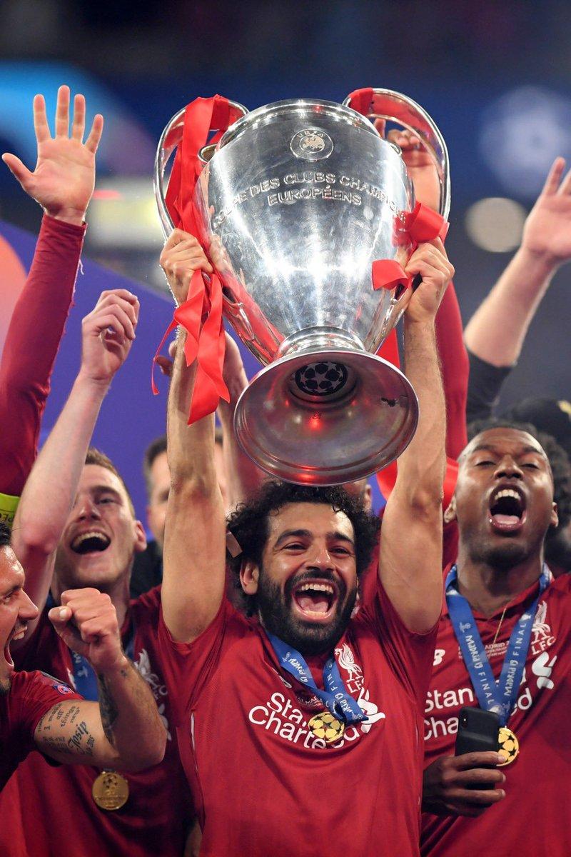 بالصور: محمد صلاح يتوج ليفربول بطلاً لدوري أبطال أوروبا D8BiXxZXsAIqnTn