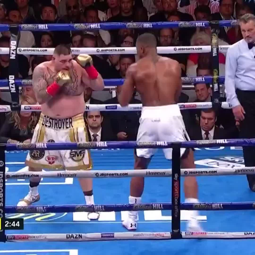 Andy Ruiz Jr. took Anthony Joshuas heavyweight championship 😤 (via @DAZN_USA)