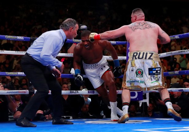 How disaster struck for Anthony Joshua in New York: https://bit.ly/2JQZ0xJ