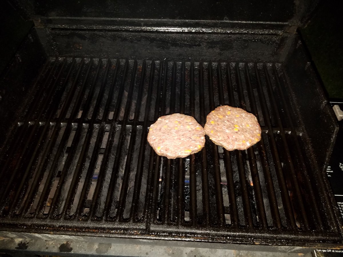 YOOOOOOOOOO 2:30am grillin who's up????  #grill #grillin #grillnchill #grillnation