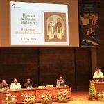 Image for the Tweet beginning: Hier à l'Université de Fribourg,