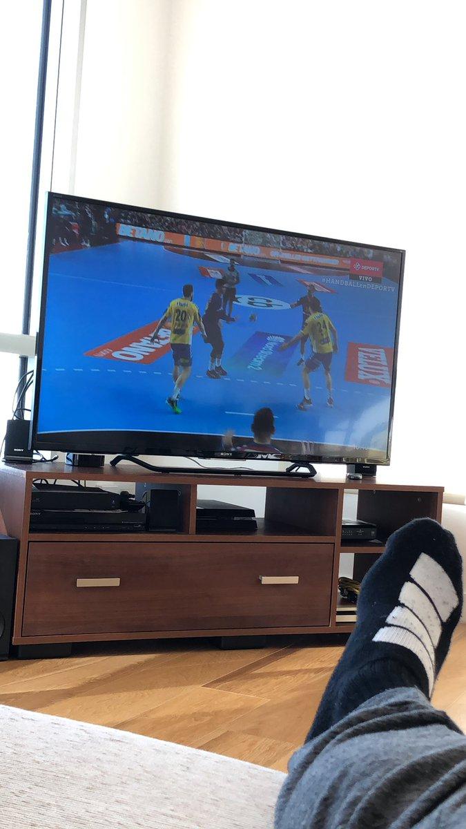 Sebastián Simonet's photo on #handballendeportv