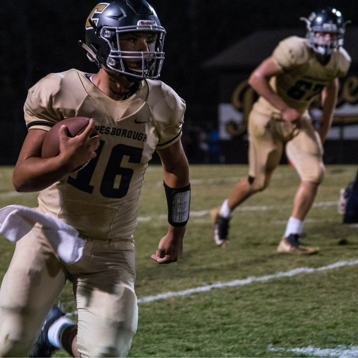 scoutSMART Spotlight: @cade_larkins who has a smartSCORE of 9.0 and statSCORE of 7.3. He had over 3900 yards along with 42 tds and only 11 interceptions. Off the field, he maintained a 4.08 GPA! Model Student Athlete 👏🏈📚! #football #recruit #ncaafb #cfb #studentathlete