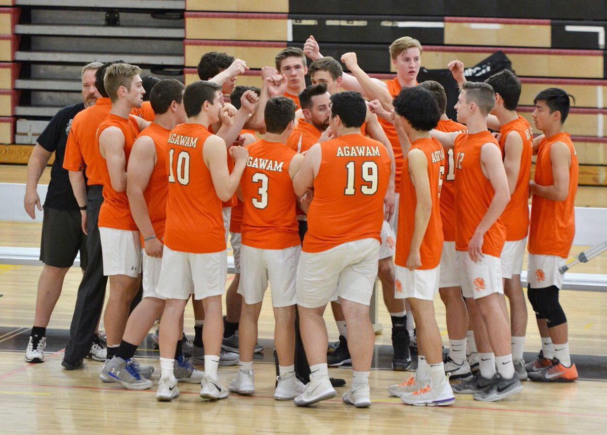 Come see your Brownies in playoff action Monday  6/3 at 6:30pm! #3 seed Brownies host #6 Sabis   MIAA tickets sold at the door: $3 Students/Seniors  $5 Adults   This will be our last home game of the 2019 season! Don't miss it!  #PackTheOven #Brownies #MayWeAll #DigYourRoots<br>http://pic.twitter.com/wvKkKHoPwZ