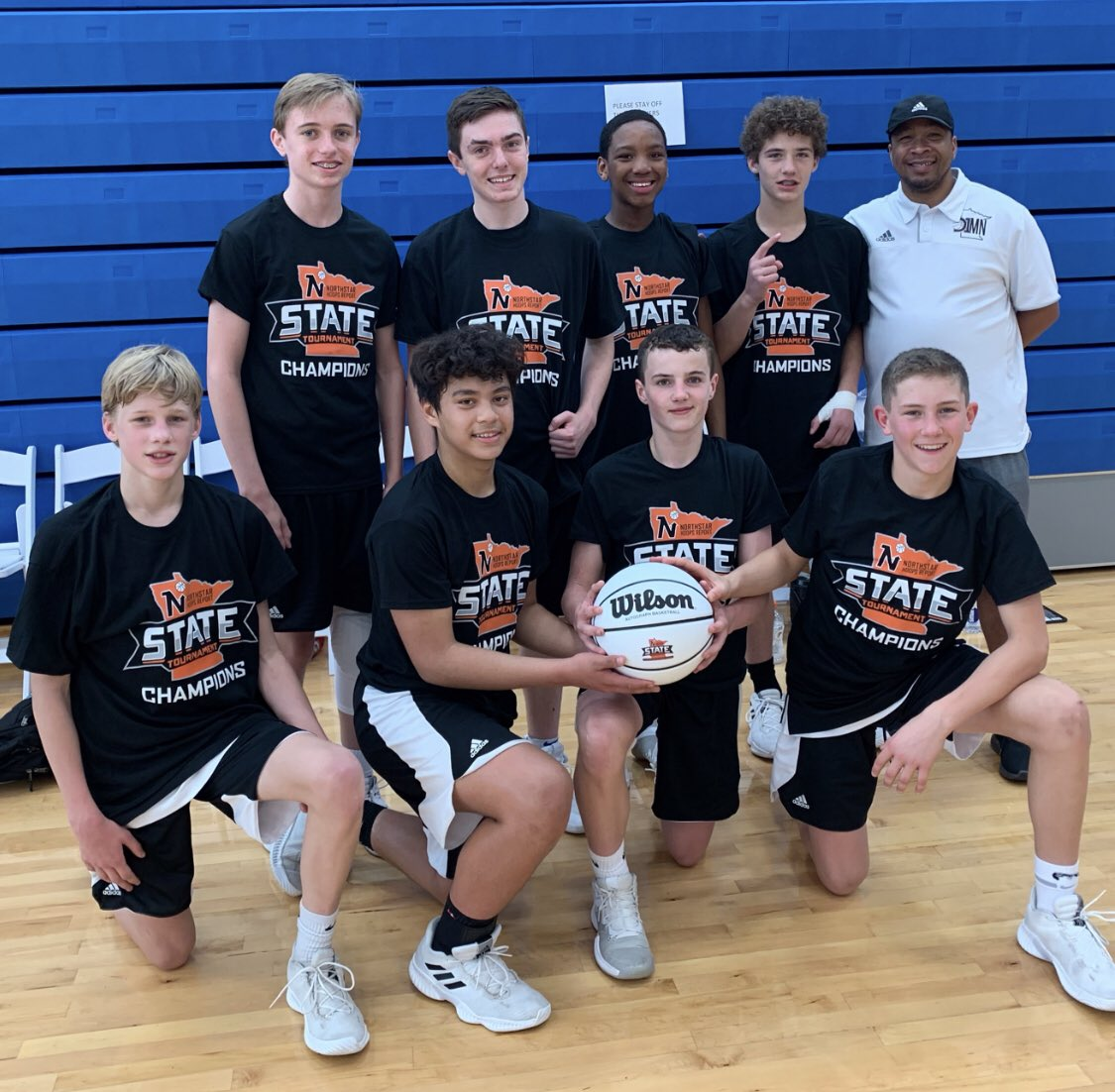 Last wk, they refused to take a bronze pic for the parents. I think they made their point. You're looking at the 13U @NorthstarHoops Div 1 STATE CHAMPS. The @adidasD1MN future is bright. Let's stay hungry. #hungerformore #d1defense #StateChampions https://t.co/7vGthqqDGx