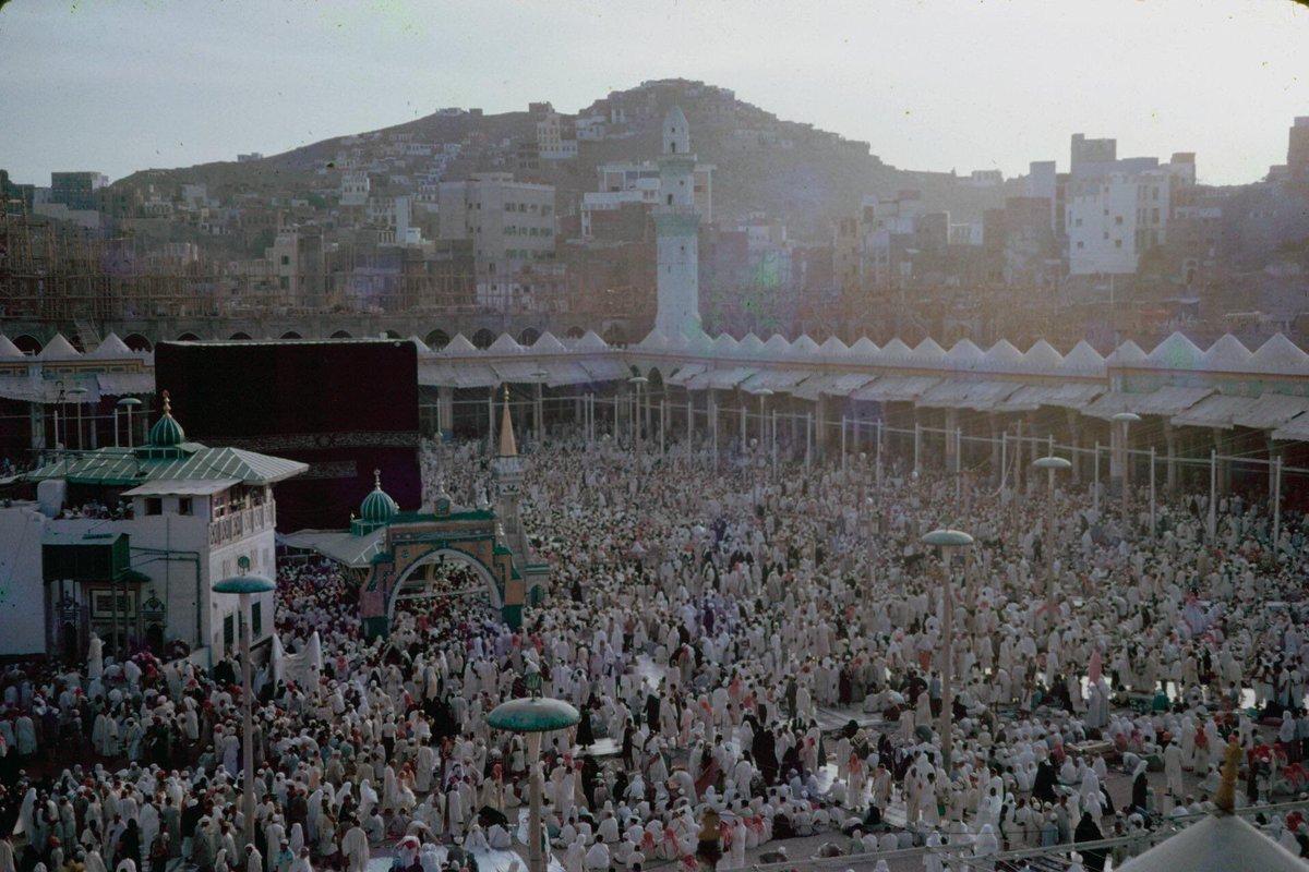The Holy Ka'aba 1963 #Makkah #makkahalmukarramah #yearningformakkah #Umrah #Hajj<br>http://pic.twitter.com/PufMnC3Pxd