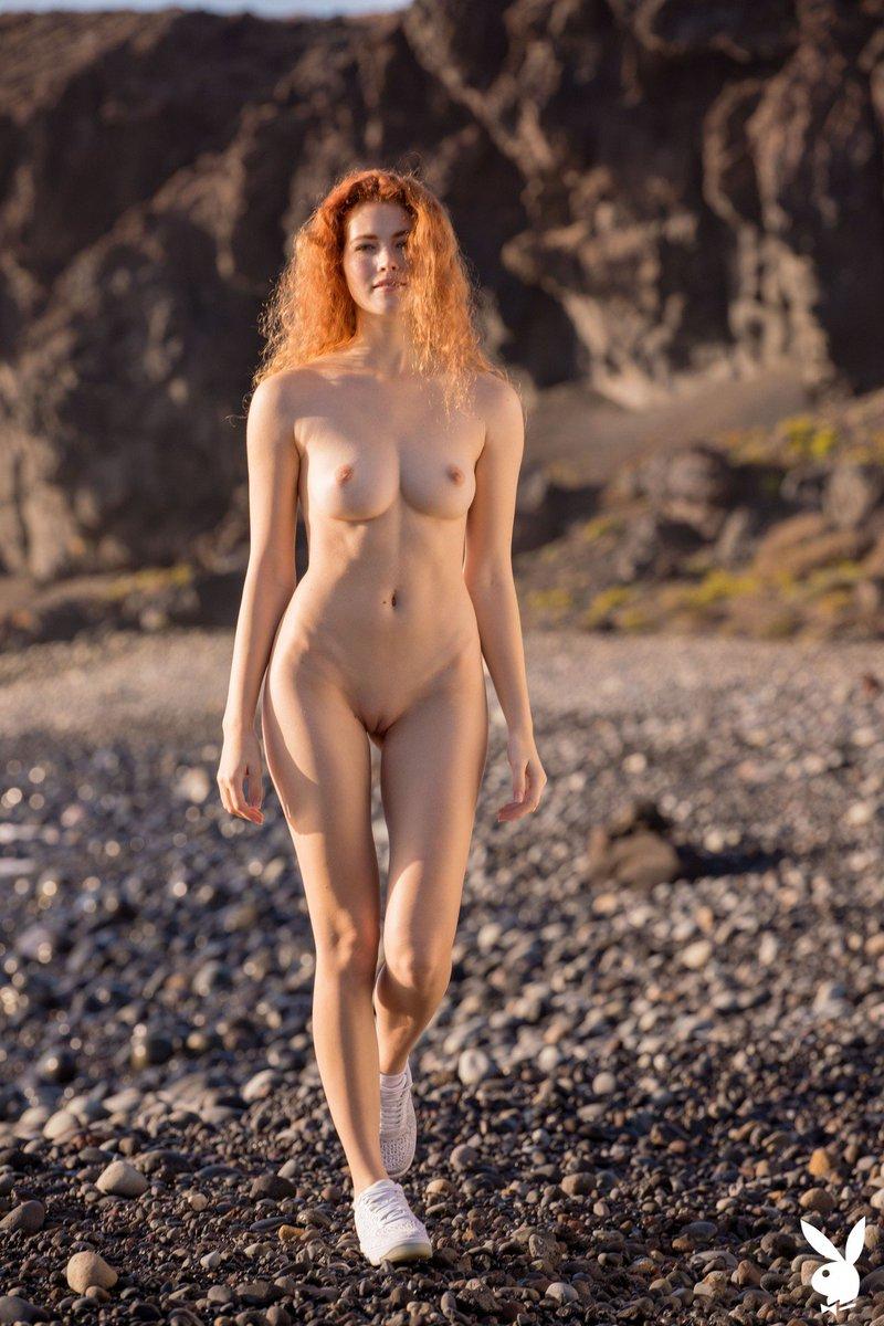 Heidi Lenhart Nude