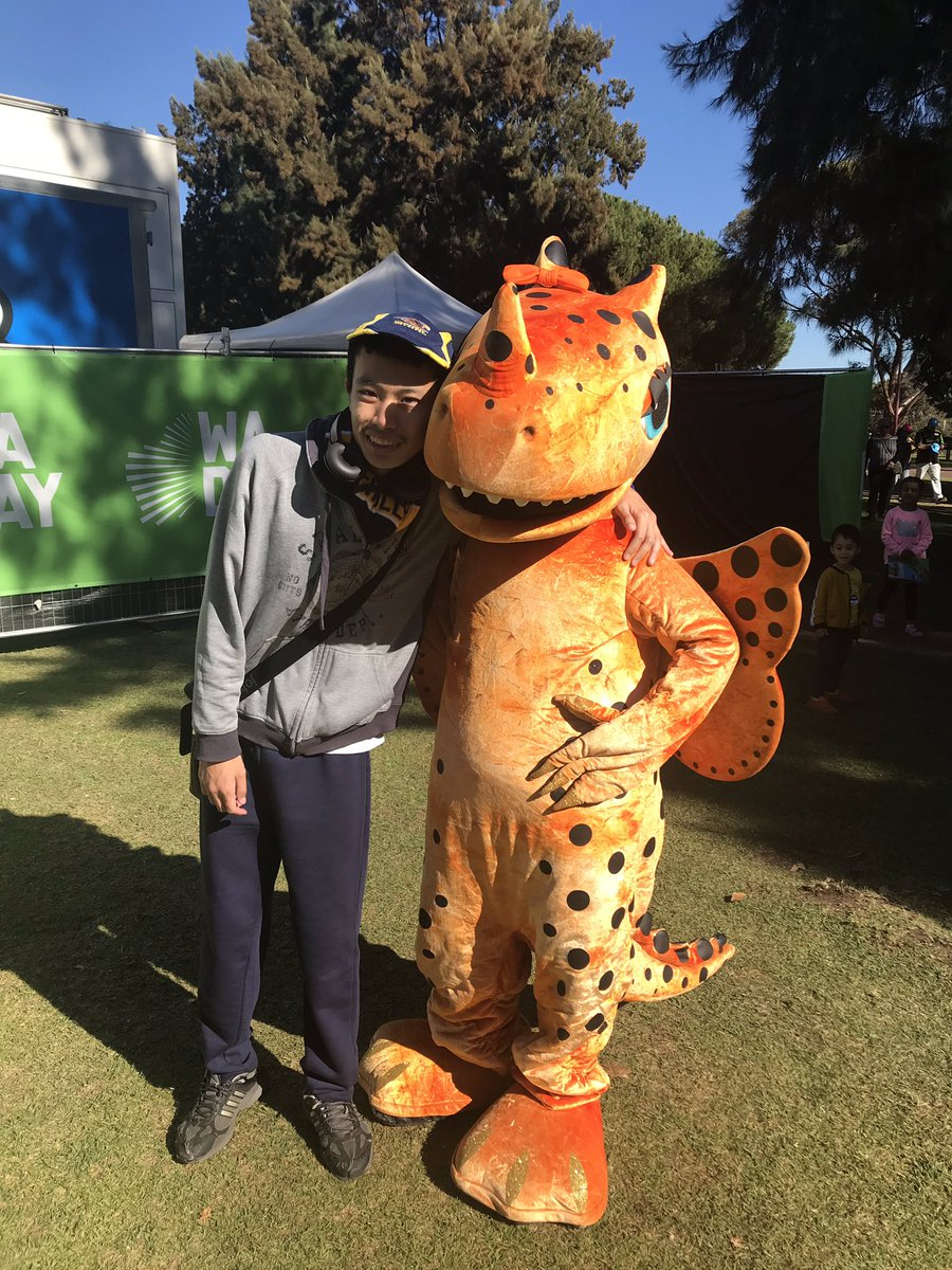 @ScorchersBBL @WADayFestival #WADay #WADay2019 #wadayfestival #perth #burswood #burswoodpark #westernaustralia #mascot #amberbbl #cricket #cricketmascot #dragonmascot #wbbl #bigbash #perthscorchers #bigbashmascot #mascotcuddles #mascothunt #mascothugs #mascotlove #mascotlife https://t.co/YU835YwpVo