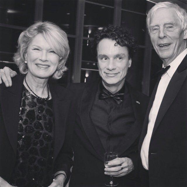 In Memoriam Martine Bijl (1948-2019). Met groot respect herdenken wij een groot artiest en trouwe vriendin. #martinebijl #roelvoorintholt #berendboudewijn