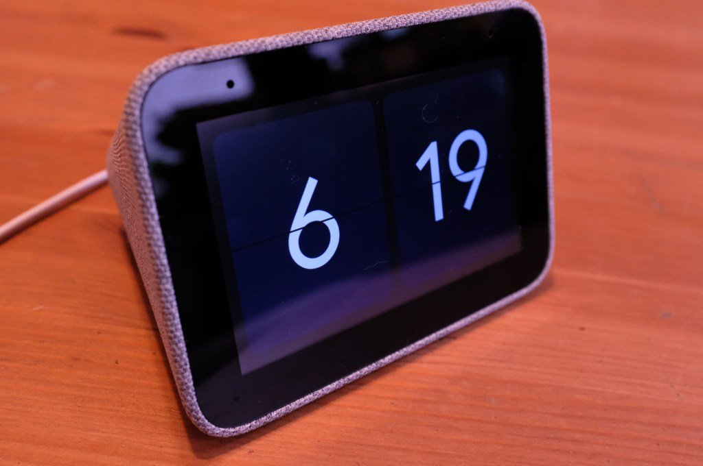 Lenovo Smart Clock review by @bheater