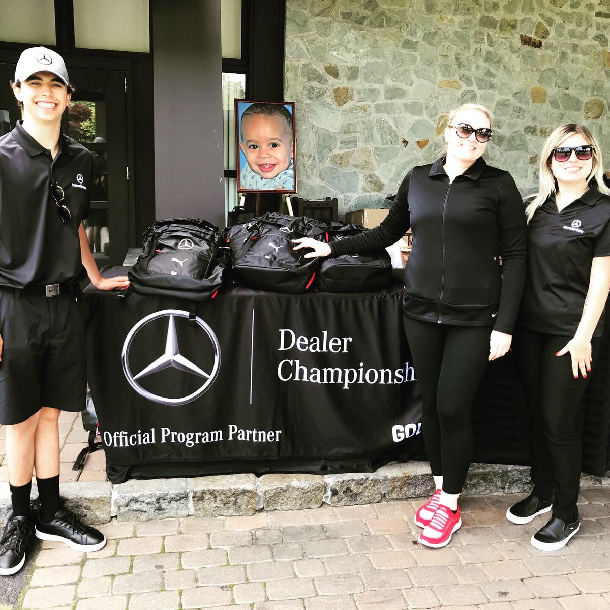 31st Annual Jawonio Foundation Golf Outing at @ParamountCC_NY Special thanks to Sheri Benecke and @MBNanuetfor the beautiful golfer backpacks, trophies and prizes. We will be excited to see who gets to go to #Pinehurst for the Mercedes-Benz Championship Playoffs.pic.twitter.com/tO7YGCAYzg