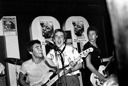 """Without rock 'n' roll, I would not have developed as a lensman. I had no interest in being a fashion or news photographer. Music is what pumped my desire to pursue this.""  #SexPistols live at the 100 Club - London, 1976 @pistolsofficial"