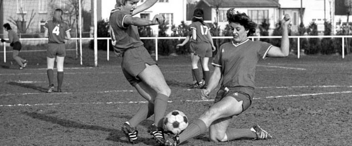 Google's Offside Museum Will Honor Women Who Defied Female Soccer Bans Worldwide #FIFAWomen'sWorldCup #GoogleOffisideMuseum #Google'sArt&Culture #OffsideMuseum https://t.co/xFSu5J0xkD https://t.co/RSxc43ODL0