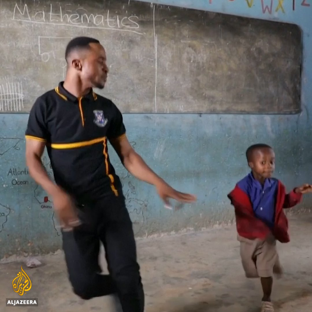 With these groovy moves, Ghana's dancing teacher helps kids build their self-confidence 🕺🏾