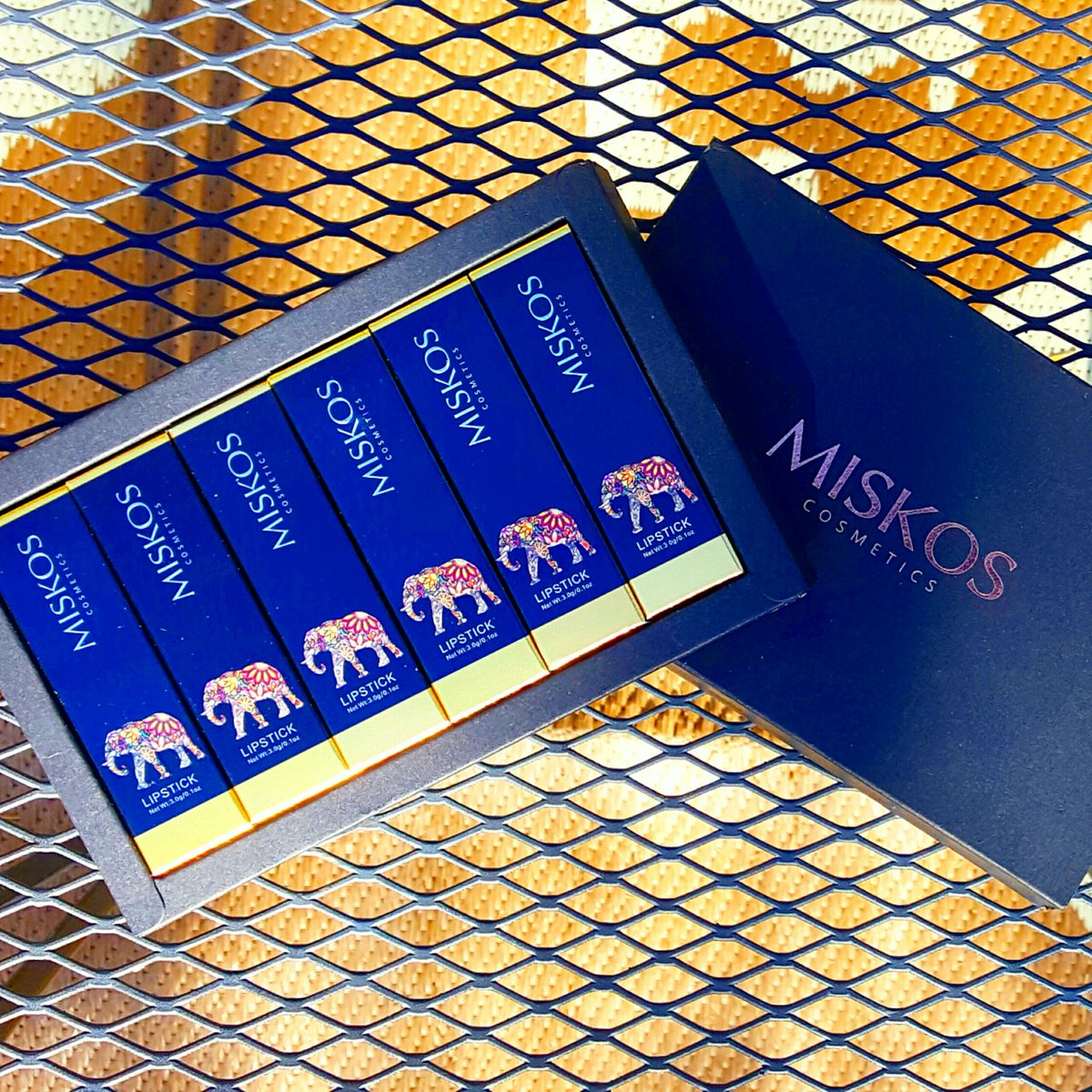 Check out these #MISKOS 6 pc matte waterproof lipsticks gift set. They are very velvety, long lasting and don't fade. #beautiful #beautytricks #ad #beautyessentials #beauty #lipstick #makeupartist #makeuplove 💜 Use #unique code: XKMLIPCBB for 20% off ➡https://t.co/KVMyfTq8LV https://t.co/SF9qsXforq