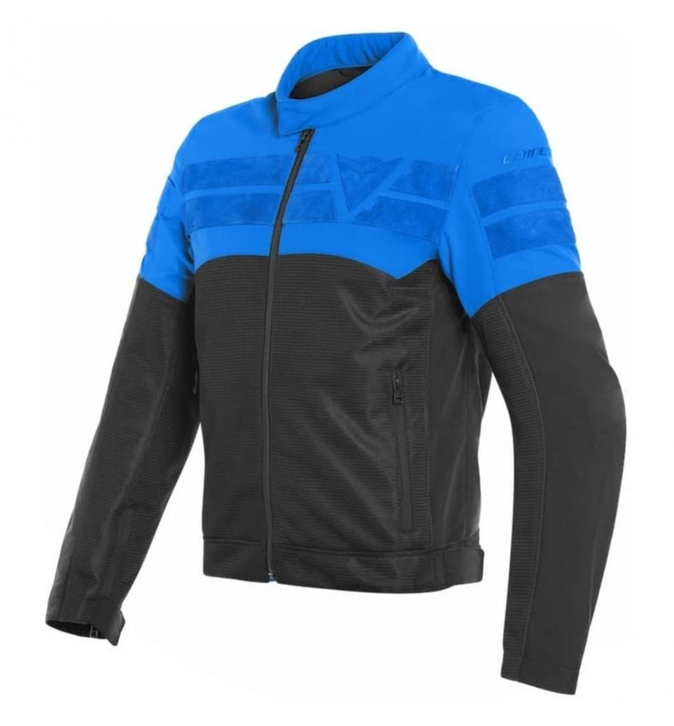 Chaqueta DAINESE Air-Track Tex http://mtr.cool/wqwvrzgjef #chaquetamoto #Dainese #novedadcondescuentopic.twitter.com/wBzDlEKYxY