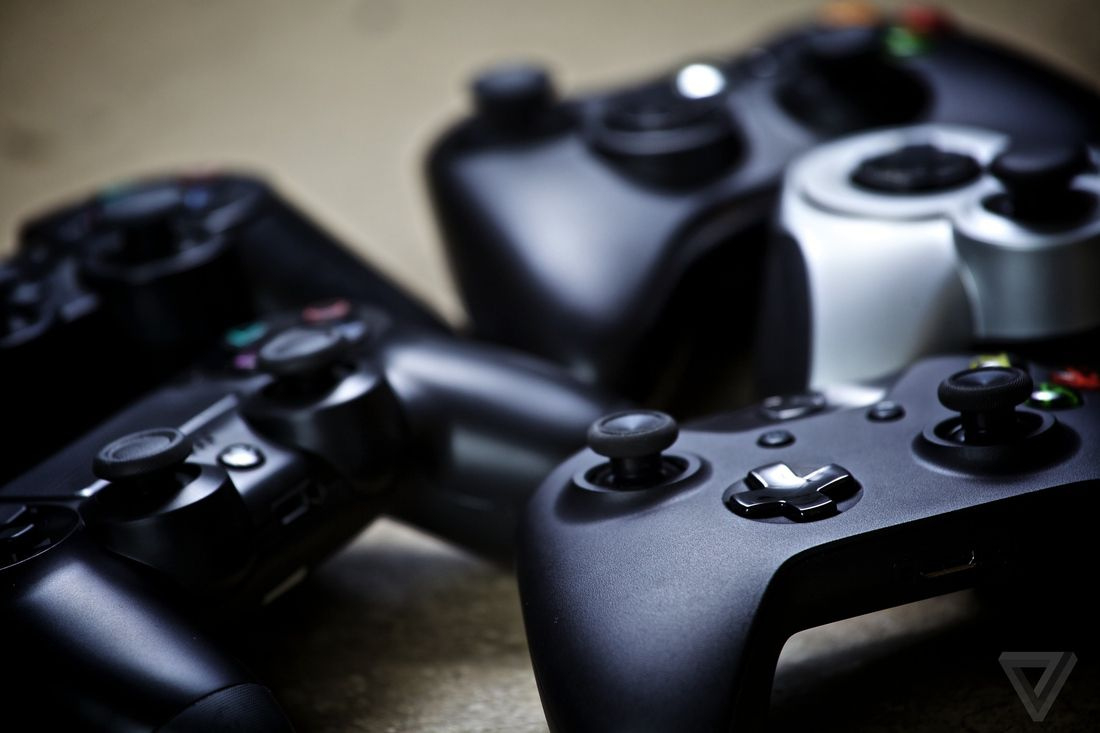 Apple TV will soon support Xbox One and PS4 controllers