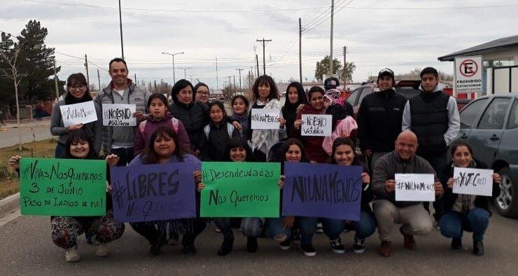 #Ahora 👉 Junto a la Dip. @CHECHU0405 en #PasoDeIndios, respaldando la lucha de las mujeres del lugar. Nos acompaña @_pamecm víctima de Violencia Sexual y Laboral. Nos hermanamos en un abrazo contenedor porq #JuntasSomosMásFuertes 💜 #PameYoSiTeCreo #PasoDeIndiosDePie