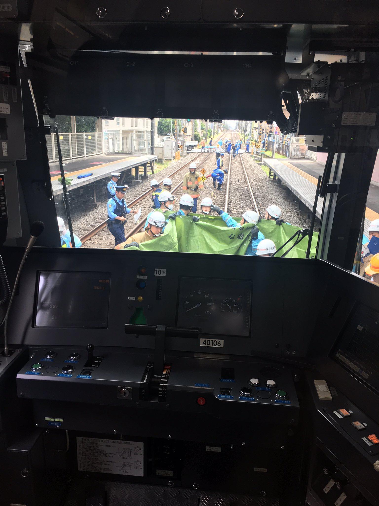 西武新宿線の武蔵関駅付近で人身事故が起きた現場画像
