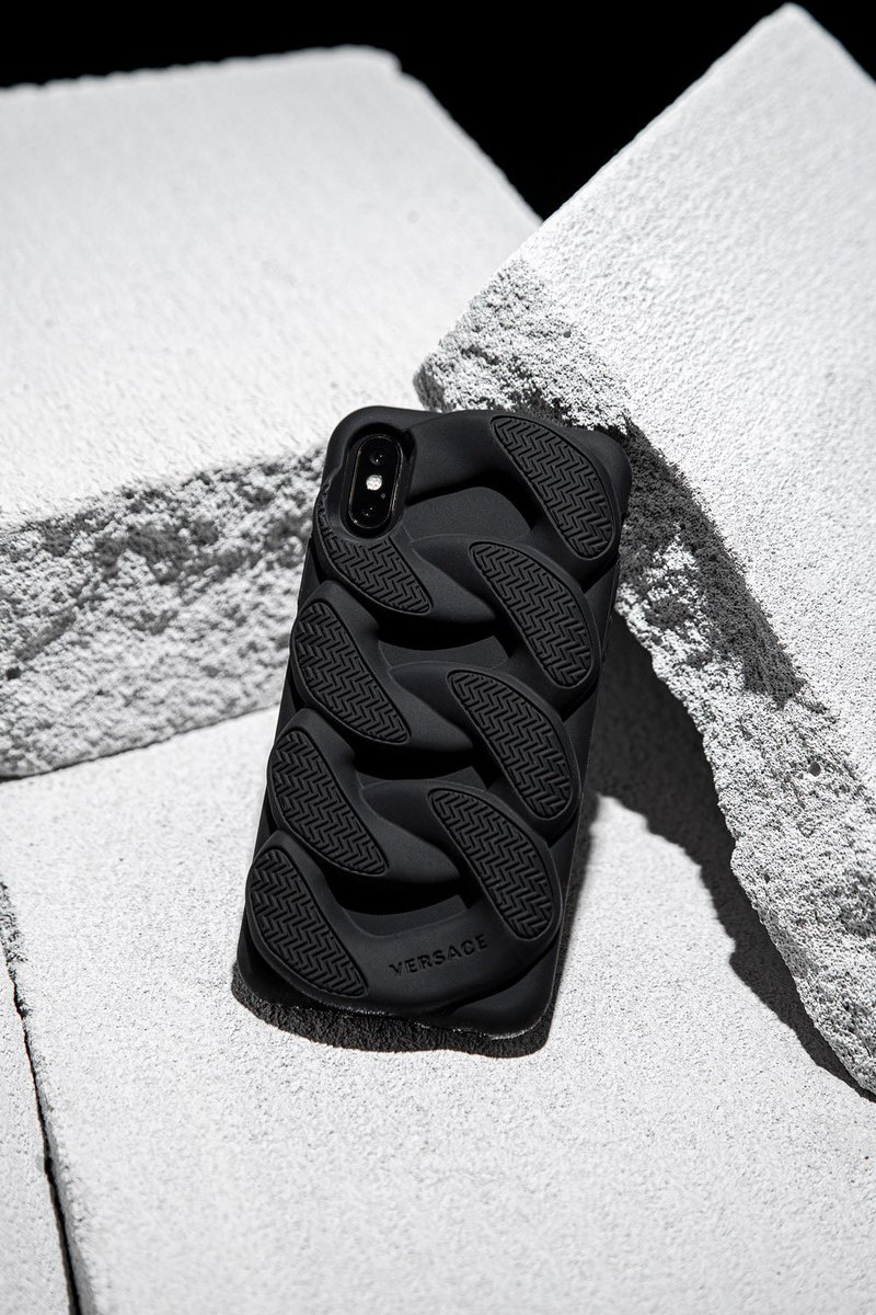 Versace Chain Reaction Iphone