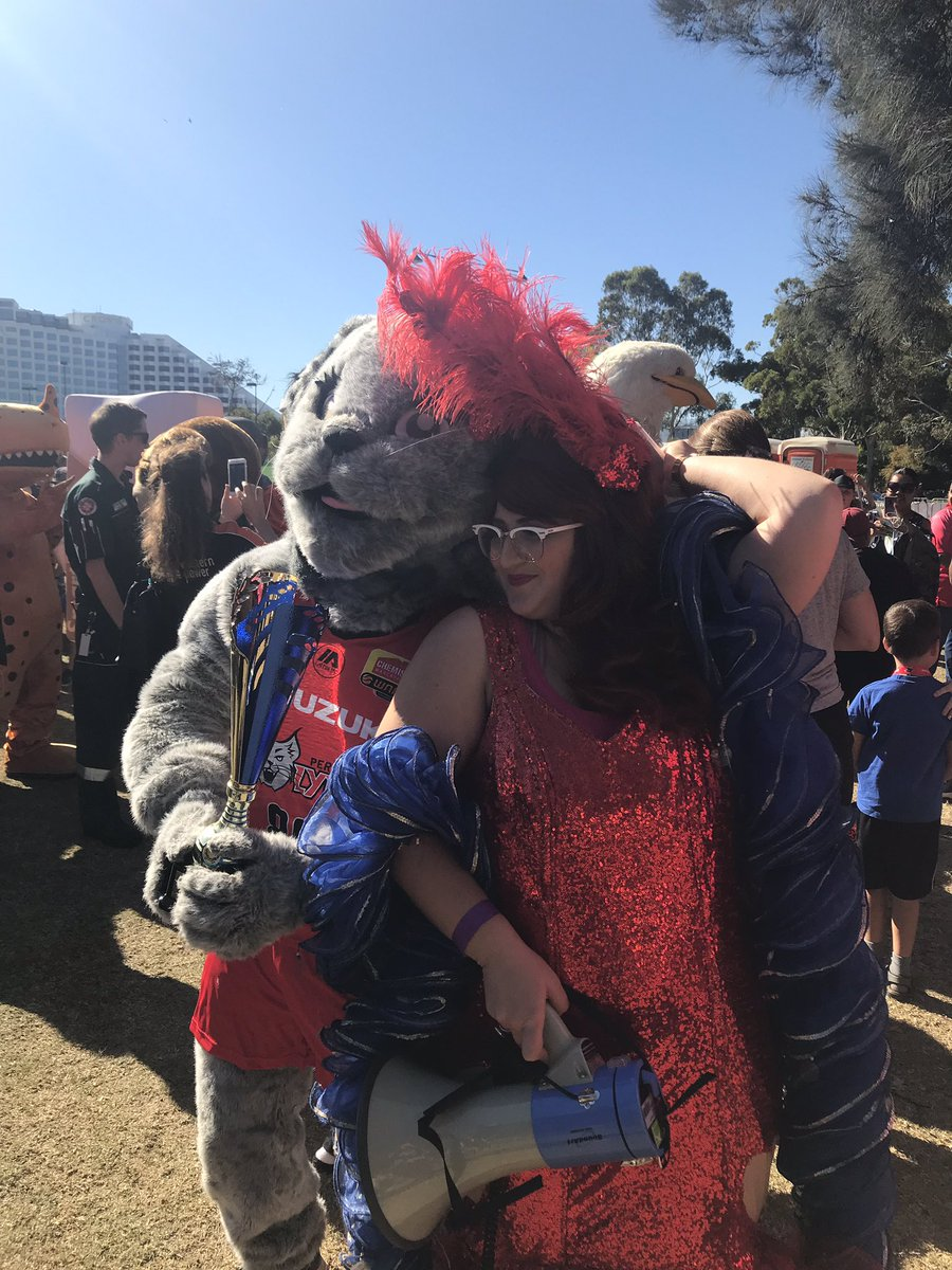 Layla the Lynx from the @PerthLynx is the winner of the race. (Pic with @FamousSharron) https://youtu.be/O8D3QwdY208   #WADay #WADay2019 #wadayfestival #perth #burswood #westernaustralia #mascot #mascotrace #perthlynx #laylathelynx #wnbl #basketballmascot #redarmy #famoussharron