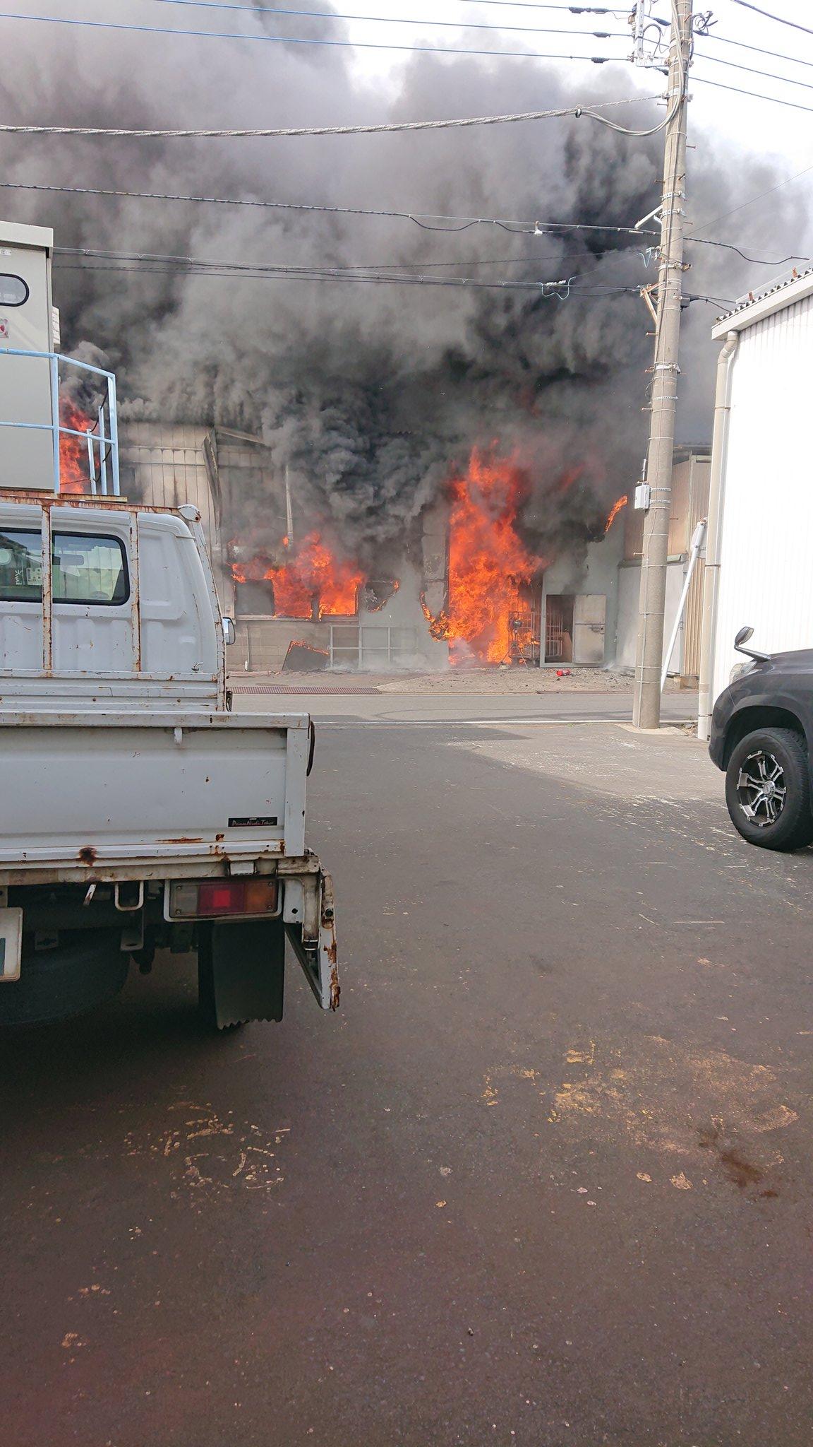 相模原市中央区小町通で爆発伴う火事の現場画像