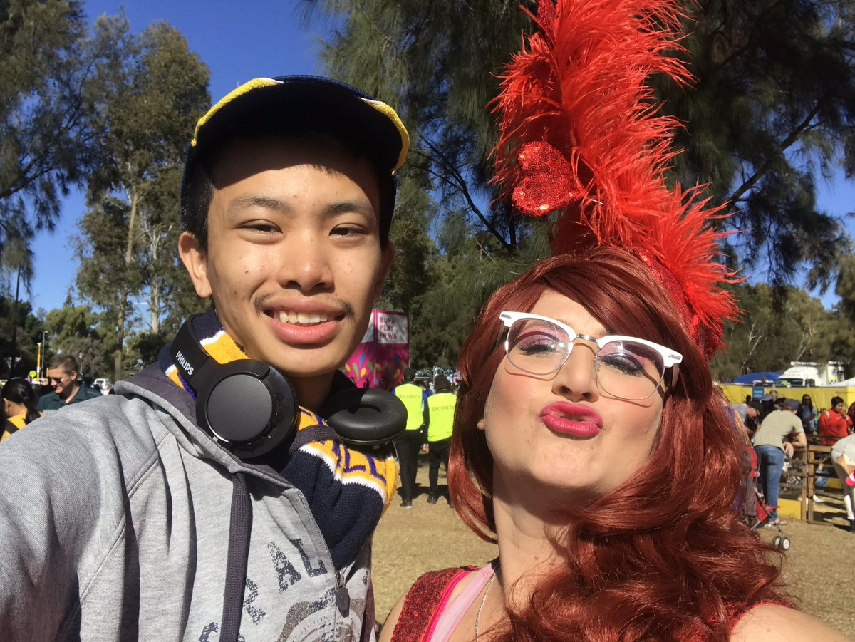 A picture with @FamousSharron for the 2nd time in a row  #WADay #WADay2019 #wadayfestival #perth #burswood #burswoodpark #westernaustralia #wa #fabulous #fanoussharron @WADayFestival