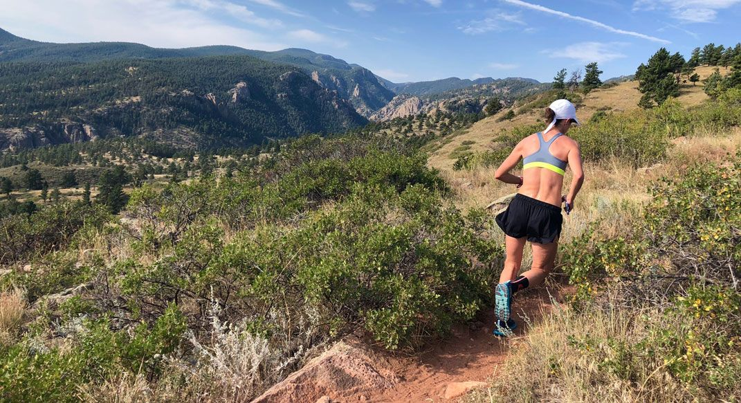 buff.ly/2ZeqMIb Should you do hill intervals? Yes. Should you do them for every workout? Probably not (but that's not a universal rule). This article outlines some considerations for determining when and how to include hill intervals in your training plan. @MountainRoche