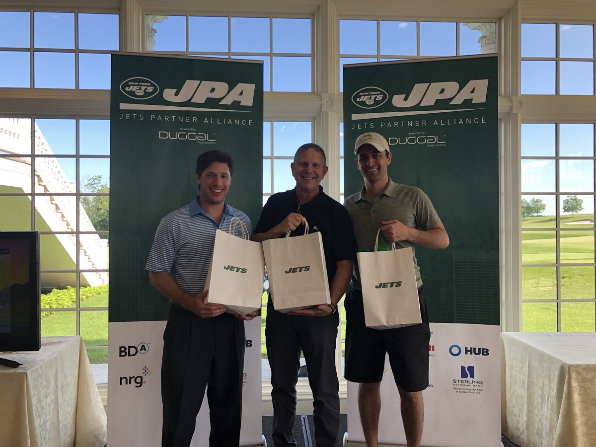 Great day at the @nyjets Partner Alliance Golf outing in Bedminster NJ. The @NYUSPS team came in third! @nyutischsports https://t.co/NRVmP8wzuB