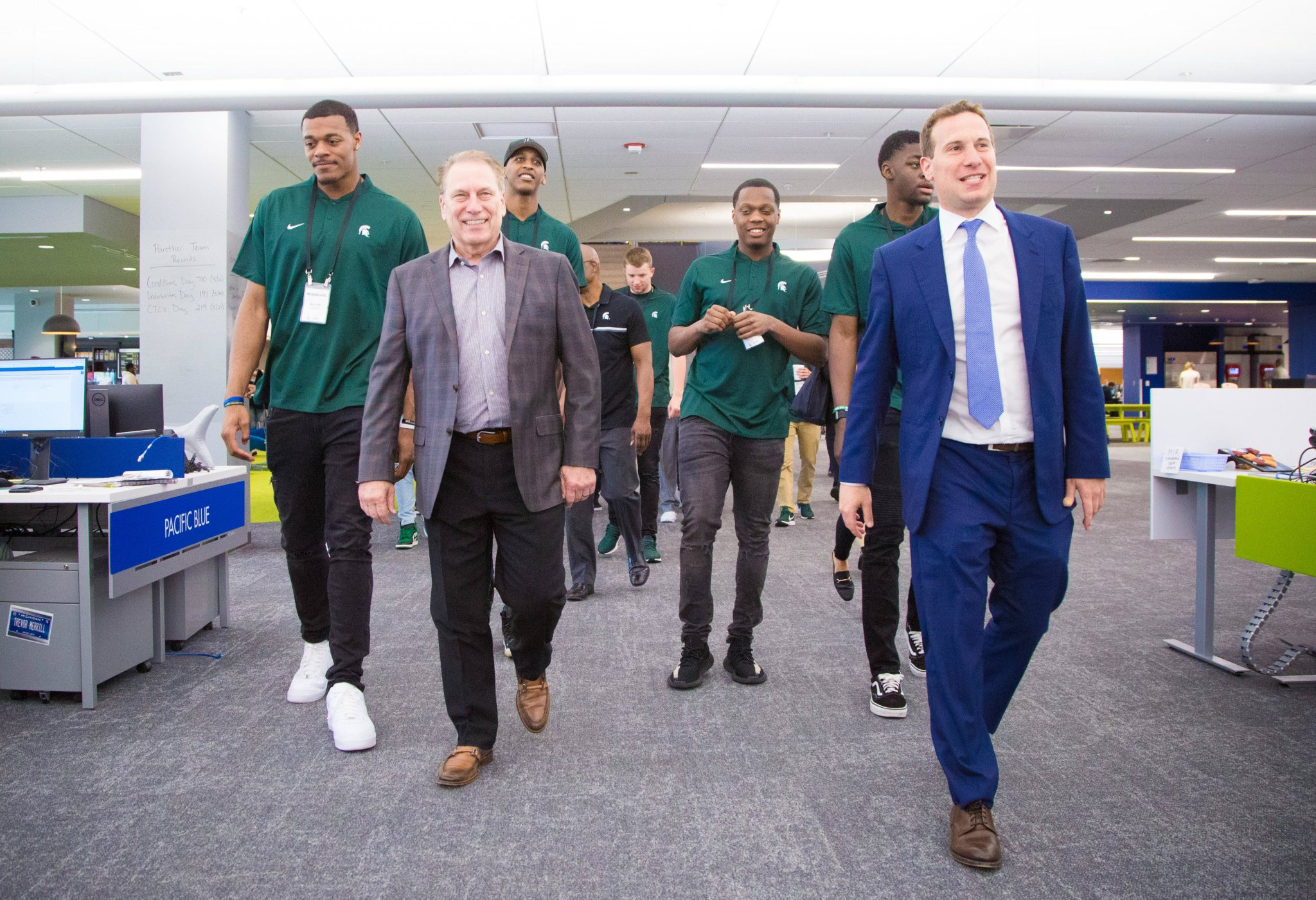 Mat Ishbia On Twitter Thank You To Tom Izzo The Msu Men S Basketball Team For Spending The Afternoon With Us At Uwmlending Coach Izzo S Program Has Shaped How Uwm Is Run