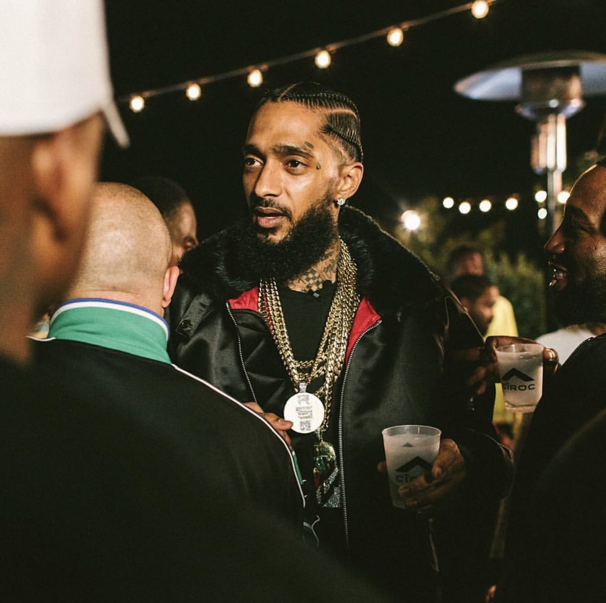 """I'm about seeing long-term, seeing a vision, understanding nothing really worthwhile happens overnight, and just sticking to your script long enough to make something real happen."" - Nipsey Hussle #TMCFOREVER <br>http://pic.twitter.com/RpLnUbwHSN"