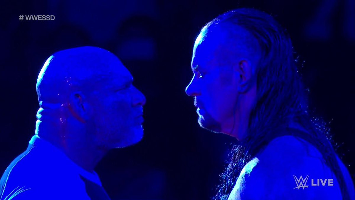 Bill Goldberg And The Undertaker Face Off In The Ring On Tonight's WWE SmackDown (Photos, Videos)