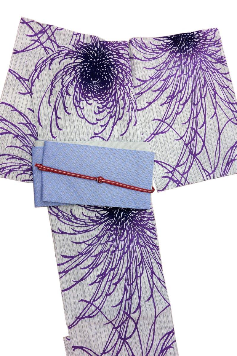 かっこいい #乱菊 の #浴衣 👘夜のお出掛けにいかがですか❔http://www.mimuro.net/ #和服 #呉服 #着物 #キモノ #着物コーデ #みむろ #着物女子 #夏コーディネート #着物好きな人と繋がりたい #着物好きさんと繋がりたい #京都 #着物のある生活 #着物でおでかけ