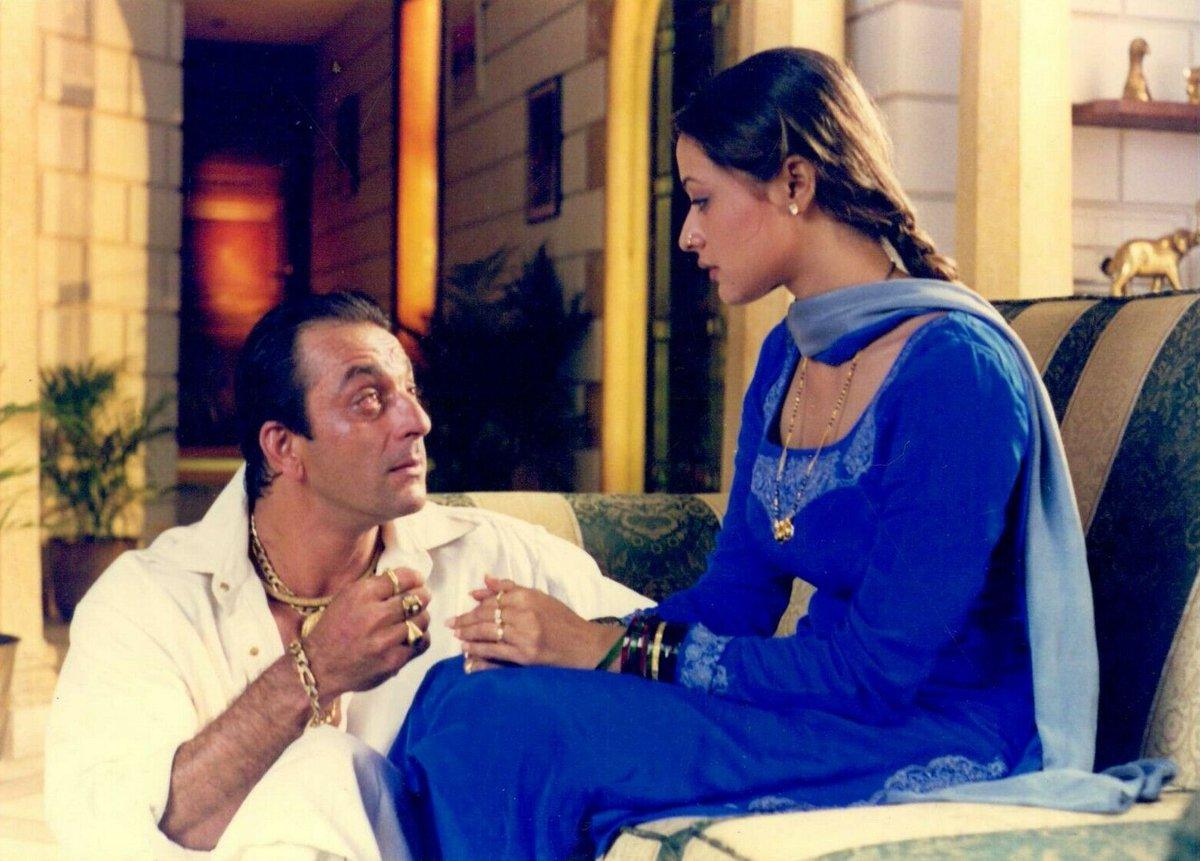 "Movies N Memories on Twitter: ""Sanjay Dutt and Namrata Shirodkar in Mahesh  Manjrekar's Vaastav (1999) #SanjayDutt #NamrataShirodkar #MaheshManjrekar  @duttsanjay @urstrulynamrata @manjrekarmahesh… https://t.co/MpRDbOmT1E"""