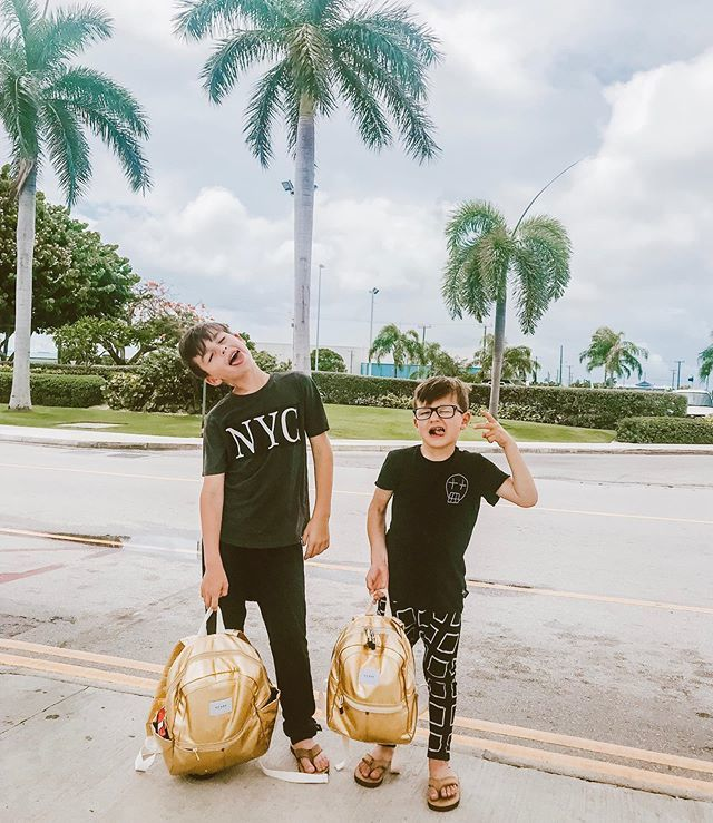 Goodbye #GrandCayman 🌴 We had the best time! Thank you @ritzcarltongrandcayman for an amazing experience. #RCMemories #RCPartner 💙#ministylehacker #familytravel #travel #travelfamily #summerstyle https://t.co/gFqYWl2kmW https://t.co/QxRJ1f7JkH