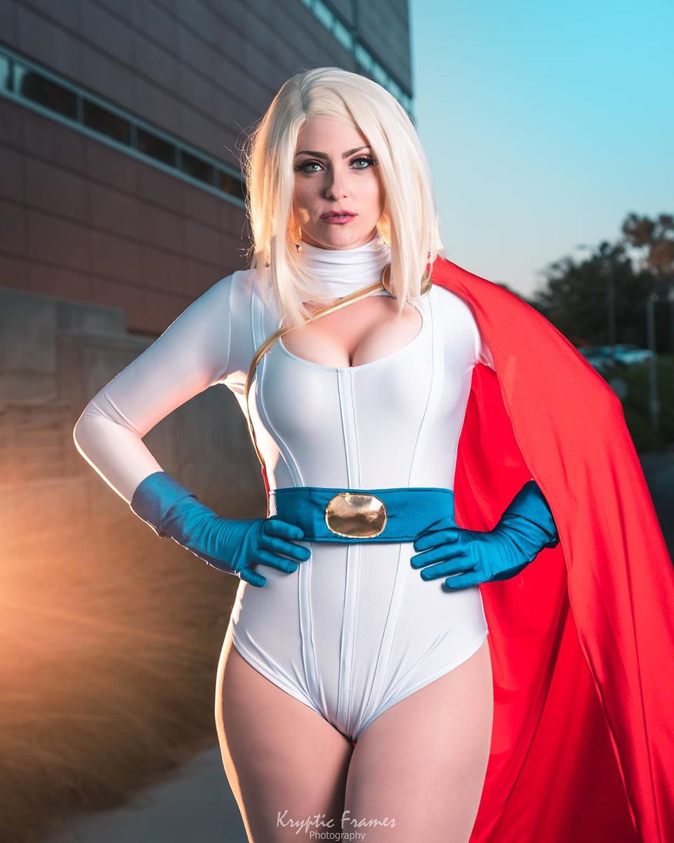 Powergirl pussy cosplay 8