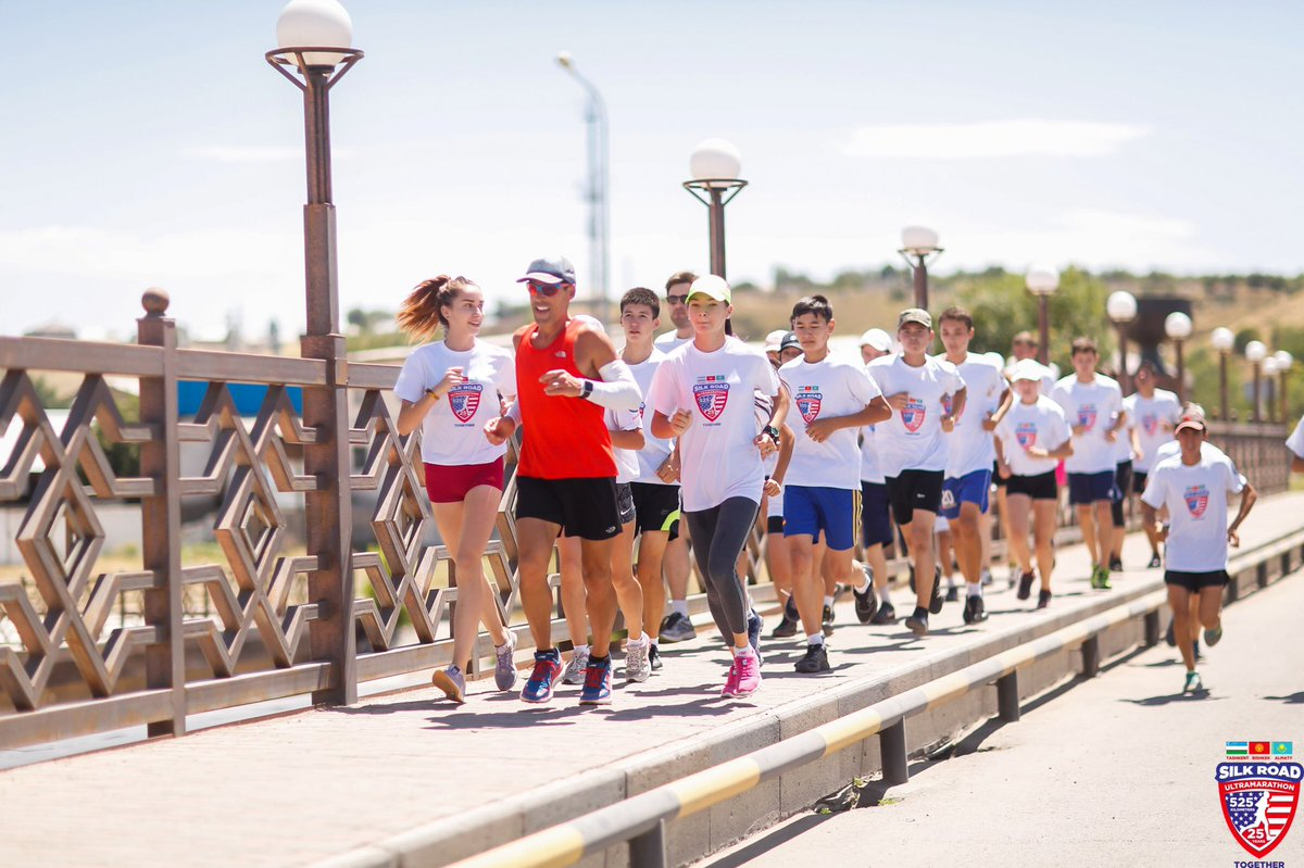 It's #GlobalRunningDay find some friends and go for a run. . . @SportsDiplomacy #NationalRunningDay