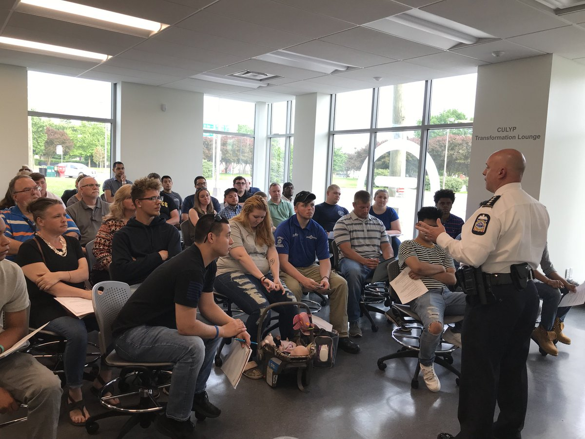 Columbus Ohio Police On Twitter Thanks To Culempowering For Hosting Our Cadet Program Information Session Thanks To Chief Quinlan For Speaking As Well We Had A Great Turnout Friday Is The Last