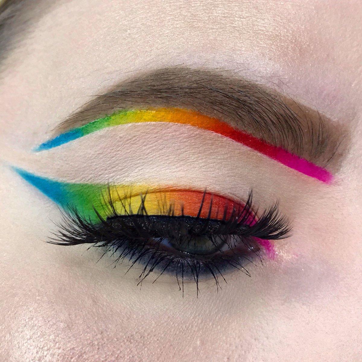 fe5ad7e5187 rainboweyeshadow hashtag on Twitter