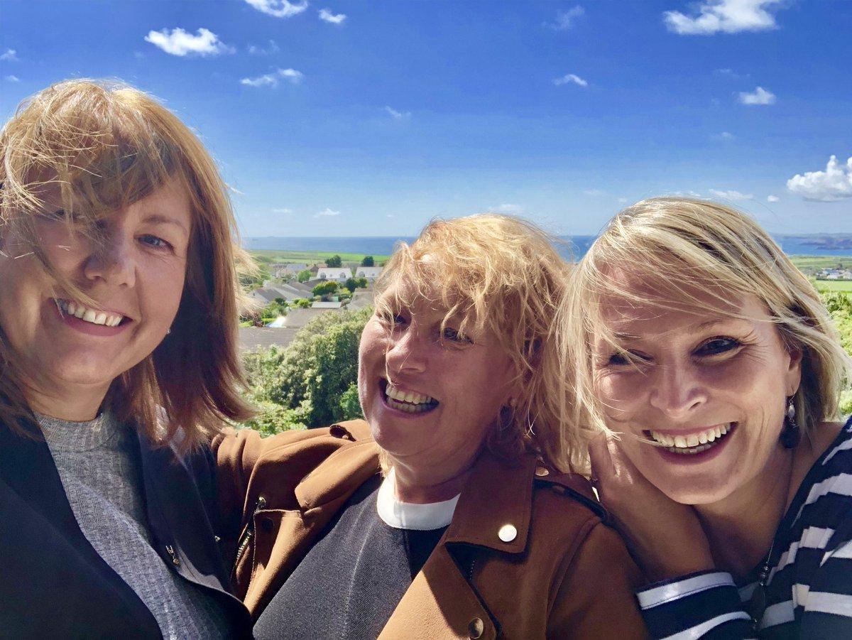 😎🏴Selfie fun in the sun! Thanks @RochCastle @BespokeWalesDMC & @BespokeNI great to catch up on Wonderful Welsh Tourism 🏴😎@UwtsdTourism @THE_UWTSD @UWTSD @SBS_UWTSD @ABTAtravel