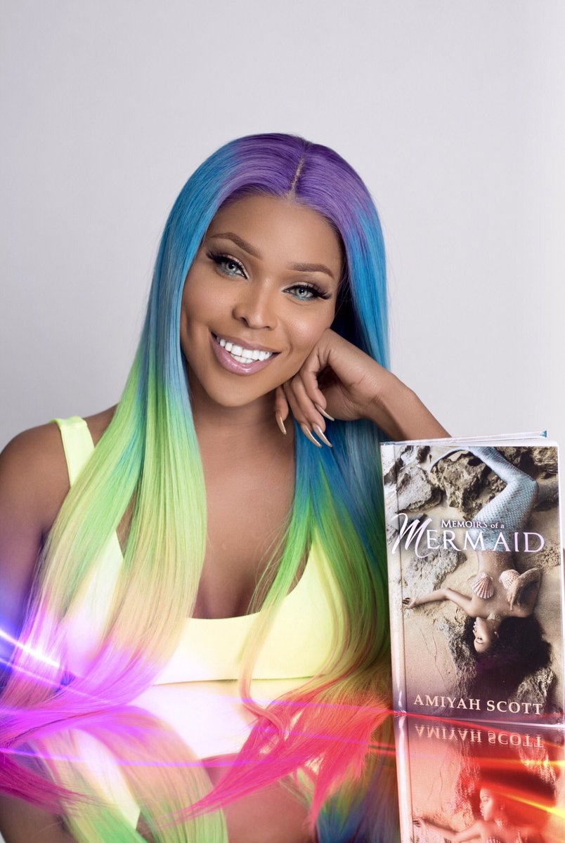 My 1st book #MemoirsOfAMermaid is now available 🍾💕🧜🏽‍♀️ https://theamiyahscott.com/shop/memoirs-of-a-mermaid-book/ …