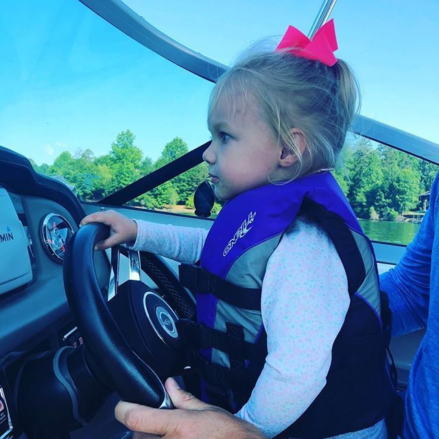 She loves the water, she loves boats. She loves the outdoors.  She's her parents daughter!She loves the water, she loves boats. She loves the outdoors.  She's her parents daughter! https://t.co/giDoaUExwD