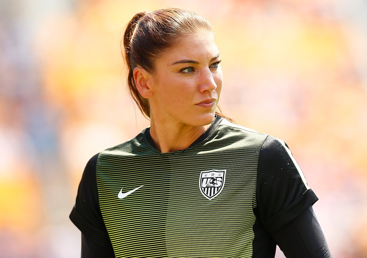 """US World Cup winner Hope Solo says that the disparity in prize money at the men's and women's World Cups shows that """"male chauvinism is entrenched"""" in Fifa.  Read 👉 http://bbc.in/2QQ4Ujm"""