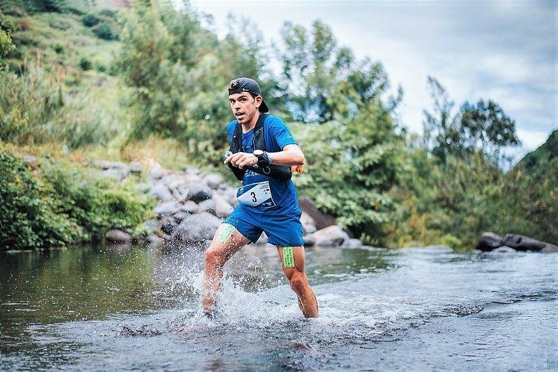 🎙📻 @paucapell es el vigente campeón de la Ultra Trail World Tour y también estará en la @TenerifeBlueTra. Lo saludamos en #DirectoMarca 🎙📻 @MCElTrompo DIRECTO 👉🏼 radiomarcatenerife.com