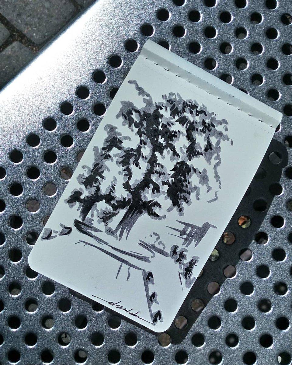 City sketch #dailyart #dailyillustration #trees #nature #citycenter #street #quicksketch #quickdoodle https://t.co/bMm4zlUaGy