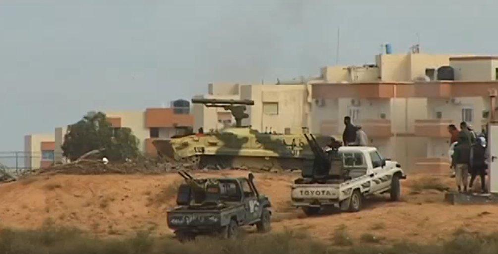 الصواريخ الروسية المضادة للدبابات Khrizantema-S لليبيا D8XbMUfW4AA4-Si