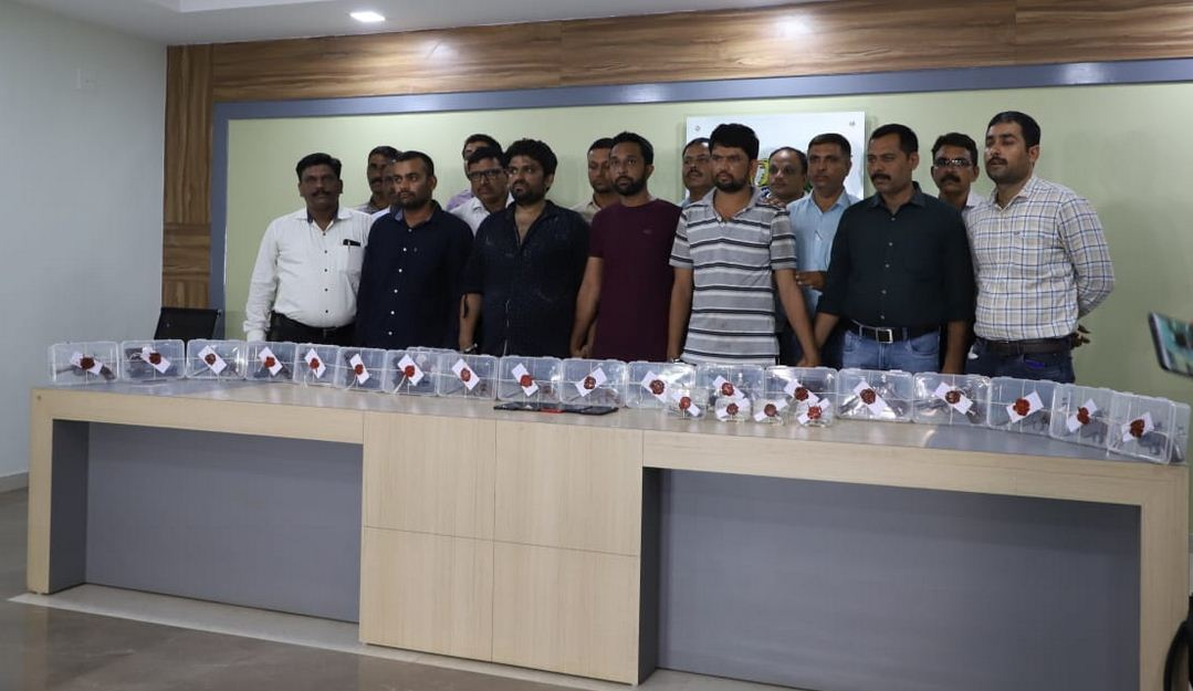 Four arrested with 18 illegal firearms in Ahmedabad