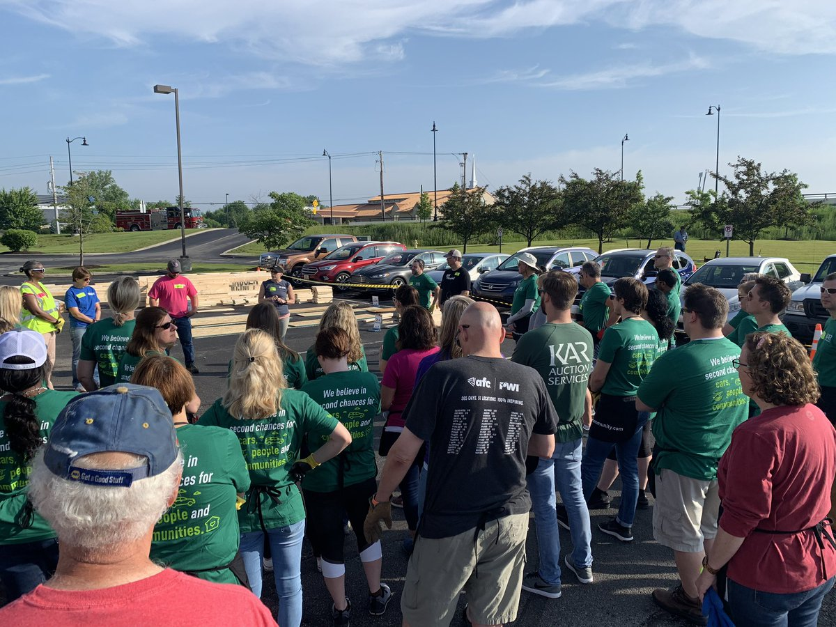 Our #KARsquad learning their duties for today's @IndyHabitat panel build at KAR HQ. This is just the 1st shift of volunteers. Before we move into our new home we want to help someone build their new home. #KARintheCommunity